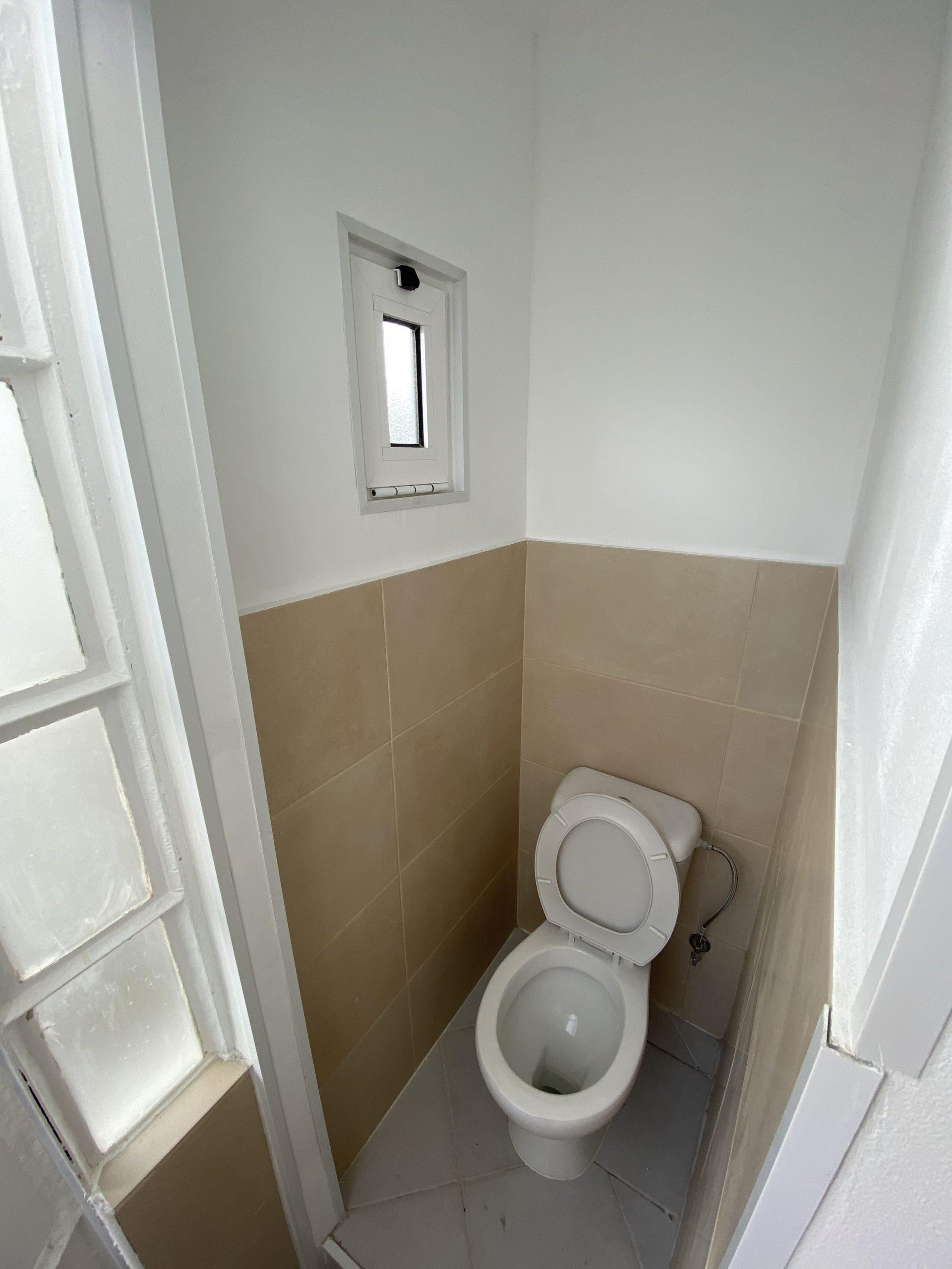 דירה למכירה בליסבון ב 129,000€ / השכרה ב 750 €